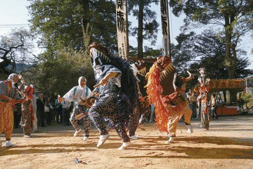 梅その神社の獅子舞