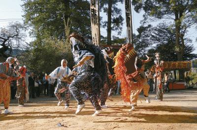 梅園神社の獅子舞